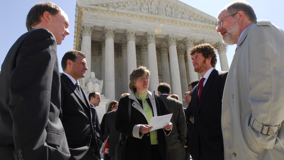 Supreme Court Clinic 2008  - UT Law School goes to D.C. for oral arguments on the Ronnie and Lila Long case: Michael Sturley, Lynn Blais, NARF Melody McCoy , Richard Guest, David Frederick, Hurley