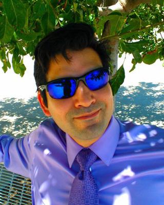 Daniel Vega headshot