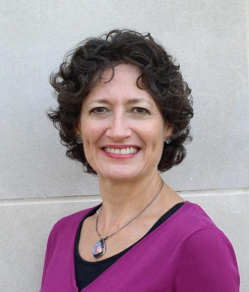 Suzanne Schwartz headshot