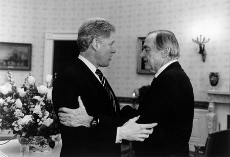 B Rapoport with President Clinton in the White House, 1994. Courtesy of the Briscoe Center for American History.