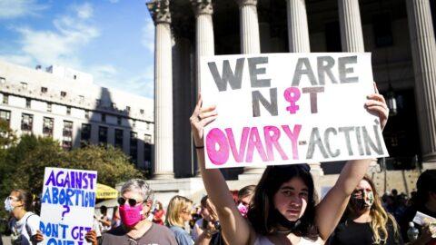 Protestors at the SCOTUS regarding SB 8
