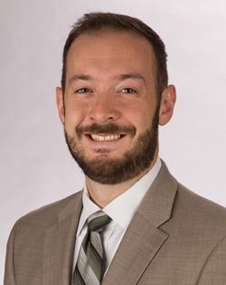 Jonathan Pelayo headshot