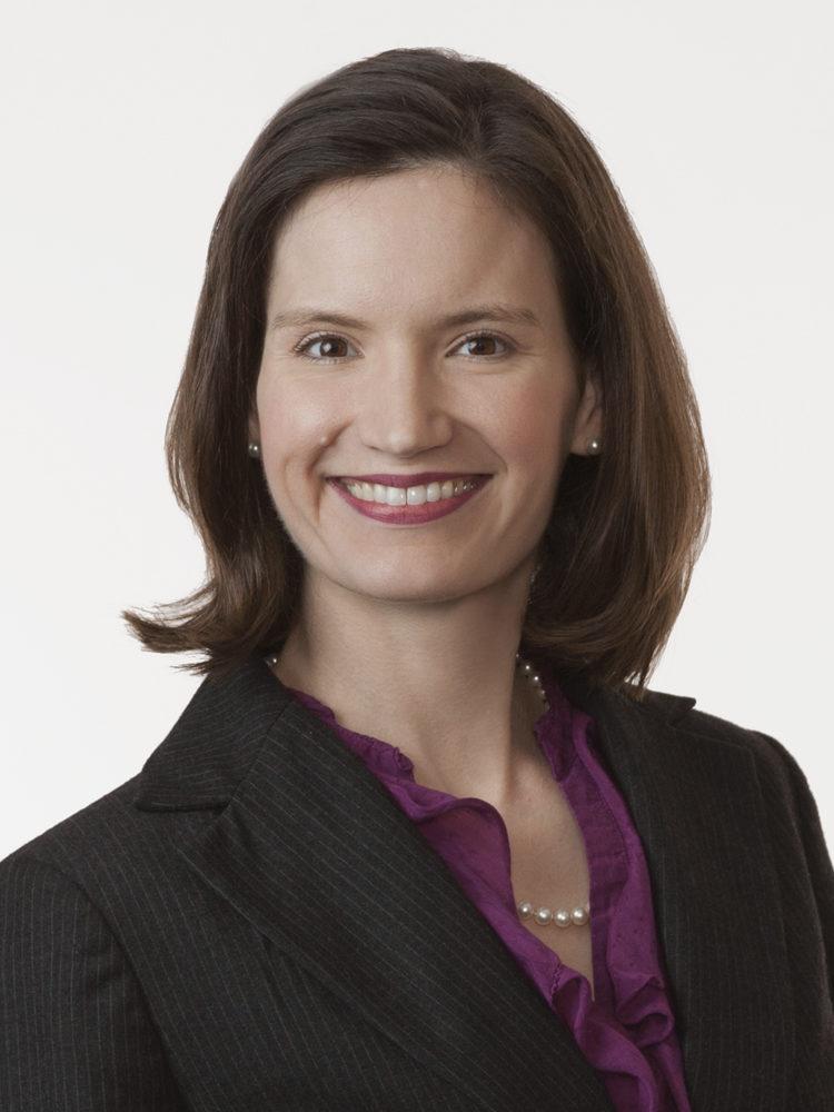 Connie Pfeiffer headshot
